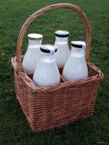 Raw Cow's Milk Full & Plenty New Ross